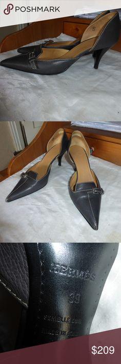 HERMES BLACK LEATHER PUMPS/HEELS SIZE 39 HERMES  PUMPS. size: 39.  BLACK LEATHER WITH SILVER BUCKLE. HERMES Shoes Heels