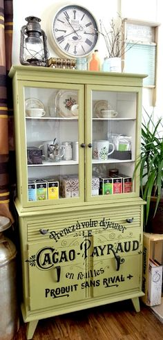 Today's reader feature is this awesome Upcycled French Hutch, which was submitted by Kimberly. She had an old retro cabinet laying around, so she decided to give it a new life by adding a couple coats of chalk paint, then distressing it a bit with fine grit sandpaper. Next, she transferred the popularFrench Chocolate Graphic...Read More »