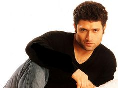 Shiney Ahuja Height