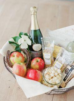 Creative Wedding Welcome Bag Ideas | Pinterest | Wedding locations ...
