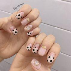 #네일 #베이지 #프렌치 #도트 #시스루 #매트 #파츠 #도형 #스퀘어쉐입 by 손끝에반하다 - 네일하기 전에, 젤라또 Love Nails, How To Do Nails, My Nails, Mani Pedi, Manicure And Pedicure, Nail Polish Designs, Nail Designs, Stunning Makeup, Nagel Gel