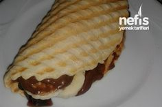 Makinesinde Waffle Hamuru - Nefis Yemek by Breakfast Recipes, Dessert Recipes, Desserts, Turkish Recipes, Ethnic Recipes, Waffle Bar, Good Food, Yummy Food, Tasty