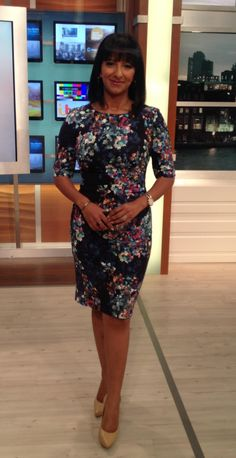 .@GMB @ranvir01 wearing @LKBennettLondon dress @NineWest nude shoes! #amazing #styledbydeb