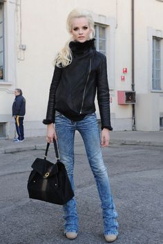 a little bit rock n' roll but that pony is to die for! xo   blomedry.com