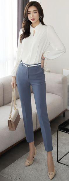 StyleOnme_Slim Fit Straight Leg Slacks #skyblue #slacks #dresspants #koreanfashion #kstyle #kfashion #officelook #workwear #springtrend Business Outfits, Office Outfits, Korea Fashion, Asian Fashion, Ropa Semi Formal, Classy Outfits, Cute Outfits, Dc Clothing, Look Formal