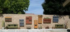 Pallet Garden! I think I can do this and would be perfect for my backyard! kmortonrn