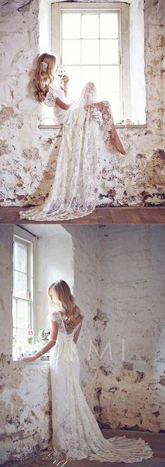 Vestido de noiva com Curvado Formato A Decote V Cauda de sereia Renda