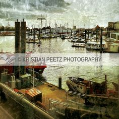 Port of Hamburg by Latin-Point, via Flickr. More at www.facebook.com/kpeetzphoto