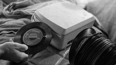 Portable Record Player in Im Lauf der Zeit (aka Kings of the Road) (1976)