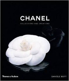 Table Books - Chanel