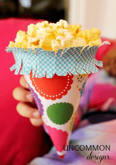 Make your own paper treat cones!