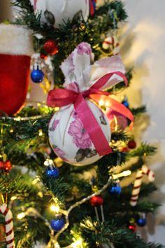 Bolinha de Natal, DIY, Tutorial, Como fazer, Bolinha de Isopor