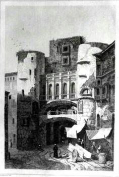 Porta de la Plaça Nova
