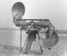 Strange Jobs Throughout History That Are Now Extinct--Before radar, troops used acoustic mirrors and listening devices like these to focus and detect the sound of engines from approaching aircraft. Film Gif, Photos Rares, Photo Portrait, Hearing Aids, Dieselpunk, World War I, Historical Photos, Old Photos, Free Photos
