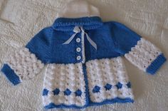 Hand-knitted hooded jacket with blue / by RenisDesignermodelle
