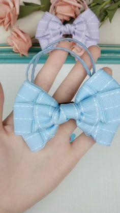 Diy Ribbon, Ribbon Hair, Ribbon Bows, Diy Hair Scrunchies, Diy Hair Bows, Ribbon Embroidery Tutorial, Hair Bow Tutorial, Making Hair Bows, Diy Headband