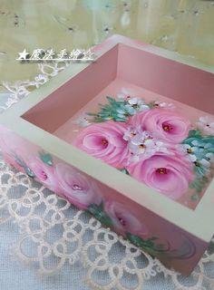 傢飾彩繪★花卉風情 - 彩繪玫瑰 @ Ling 的相簿 :: 痞客邦 PIXNET ::