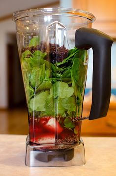 "Eat Your Greens Smoothie - in ""Eat to Live""; Recipe Review by NutriDude"