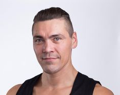 Gunnar Field has spent the last 25 years training and teaching contortion and acrobatics. He has studied and performed in Mongolia, China, Russia, Israel, and the U.S., which has provided him with a unique insight for teaching contortion and choreography... see more at www.dancesinair.com  Follow him @thesplitswhisperer!