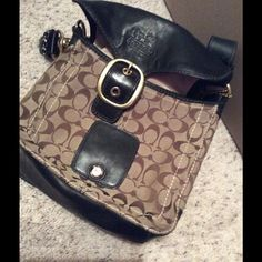 Coach handbag Leather and cloth material handbag, slightly loved, but excellent condition, comes with dust bag Coach Bags