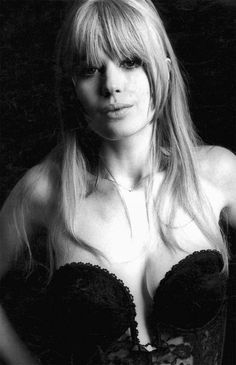 Marianne Faithfull photographed by Terry O'Neill, 1967.