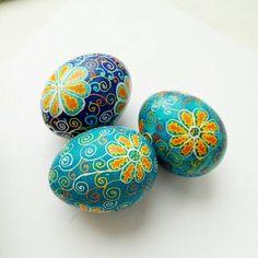 Easter Gift, Easter Crafts, Painting Eggs, Handmade Ornaments, Handmade Gifts, Polish Easter, New Egg, Ukrainian Easter Eggs, Egg Art