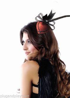 Sexy-Costume-Burlesque-Retro-Heart-w-Feather-Rhinestone-Hair-Clip-Fascinator