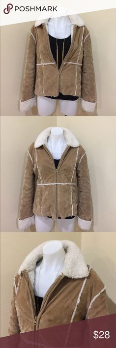 Tan patchwork jacket size L juniors Gently worn , size L juniors , not leather or shearling , front pockets , sleeve is 24 inches from top to bottom cuffed 26.5 un cuffed , 18 inches across shoulders , 23 inches from top to bottom, light weight 🌟REASONABLE OFFERS ACCEPTED🌟 Jackets & Coats