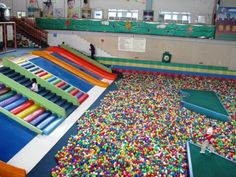 Omg. I have always wanted to swim in a giant ball pit. I think this one is big enough...