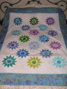 Linda's Quilt Page - Shooting Star quilt pattern by Edyta Sitar ...another color version