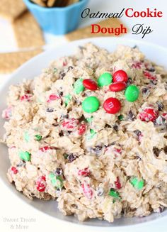 {New} Oatmeal Cookie Dough Dip from The Girl Who Ate Everything 's new cookbook! This stuff was uh-mazing! Dessert Dips, Dessert Recipes, Dip Recipes, Yummy Recipes, Just Desserts, Delicious Desserts, Yummy Treats, Sweet Treats, Cookie Dough Dip