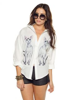 Kool Cat killer white #shirt, featuring printed adorable cats on each side, also featuring a bling stone in centre of cats head. Looks best teamed with little black shorts and huge shades. #cat #catshirt #cattop