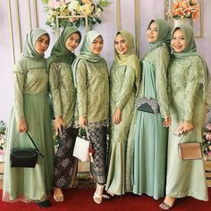 Dress Muslim Modern, Kebaya Modern Dress, Muslim Dress, Hijab Dress Party, Hijab Style Dress, Kebaya Muslim, Hijab Fashion Summer, Fashion Outfits, Hijab Stile