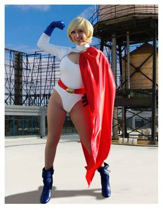 Character: Power Girl (Kara Zor-L, aka Karen Starr) / From: DC Comics 'Power Girl' & 'Justice Society of America' / Cosplayer: Emma Catherine (aka PrettyWreck Cosplay)