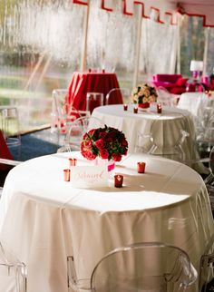 Southern weddings - red and white wedding ideas
