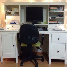 hemnes bureau avec l ment compl mentaire teint blanc hemnes compl mentaire et ikea. Black Bedroom Furniture Sets. Home Design Ideas