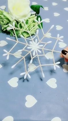 DIY Cotton Swab Snowflake - knitting is as easy as 3 knitting is . - DIY Cotton Swab Snowflake – knitting is as easy as 3 knitting comes down to three essential - Diy Crafts Hacks, Diy Arts And Crafts, Craft Stick Crafts, Fun Crafts, Paper Crafts, Christmas Crafts For Kids, Holiday Crafts, Christmas Diy, Christmas Decorations