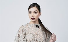 Download wallpapers Hailee Steinfeld, American actress, make-up, portrait, photoshoot, beige lace dress