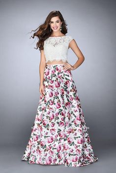 Two-Piece Prom Dress with Floral Print Skirt and Lace Top La Femme Style 24428 Prom Dresses 2017, Short Dresses, Formal Dresses, Prom Gowns, Dresser, Collection 2017, Floral Print Skirt, Floral Maxi, Long Evening Gowns