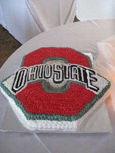 Another impressive OSU cake. Ohio State Cake, Ohio State Gear, Ohio State Buckeyes, 30 Birthday Cake, Boy Birthday, Ohio State Merchandise, Buckeye Cookies, Cookie Designs, Cute Cakes