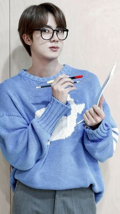 Seokjin, Hoseok, Jin Kim, Bts Jin, Bts Jungkook, Namjin, K Pop, Bts Wallpapers, Bts Aesthetic