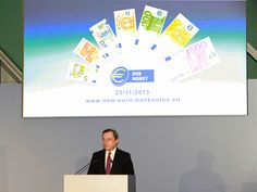 """El presidente del BCE, Mario Draghi, ha asegurado durante su presentación que """"la ventana con retrato es una auténtica innovación en la tecnología de billetes. Es el resultado del trabajo del Eurosistema para asegurar que los billetes en euros siguen estando protegidos frente a la falsificación. Con ello se reforzará la confianza que los 338 millones de ciudadanos de la zona del euro tienen en sus billetes""""."""