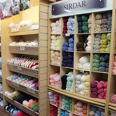 KnitAndSew(UK): www.knitandsew.co.uk (Delivery €3.40) *Araucania, Debbie Bliss, Designer Yarns, Louisa Harding, Noro, Sirdar, Stylecraft, Sublime, Twilleys, Wendy, Woolcraft