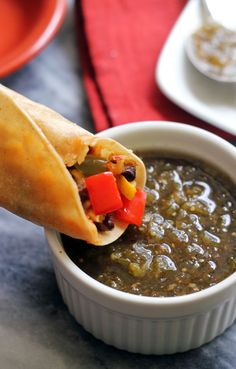 Baked Vegetarian Taquitos Want to try with corn tortillas! Vegetarian Cooking, Vegetarian Recipes, Healthy Recipes, Vegetarian Wraps, Mexican Food Recipes, Whole Food Recipes, Cooking Recipes, Salsa Verde, Guacamole