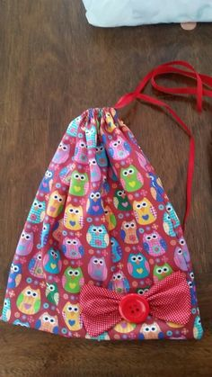 Saco corujas Drawstring Backpack, Backpacks, Garden, Fashion, Owls, Sacks, Moda, Garten, Fashion Styles