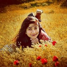 Sai Pallavi, is an Indian film actress best known for starring as Malar in the 2015 Malayalam blockbuster film Premam. She made her debut in . Indian Actress Photos, Indian Film Actress, Beautiful Indian Actress, Indian Actresses, Actress Pics, Girl Photo Poses, Girl Photography Poses, Fashion Photography, Beautiful Celebrities
