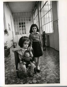 Mary Ellen Mark #portraitphotographyinspiration                                                                                                                                                                                 Mais