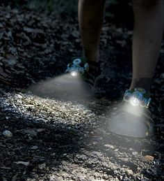 National Geographic™ Expedition Shoe Lights