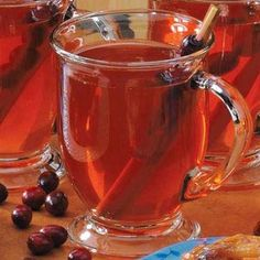 Cranberry Apple Cider - apple juice, apple juice concentrate, apple, cranberries, orange, cinnamon stick - holidays