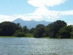 Sunday Ferry to Granada Isletas